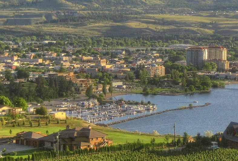 Neighbourhood of Columbia/Duncan in Penticton